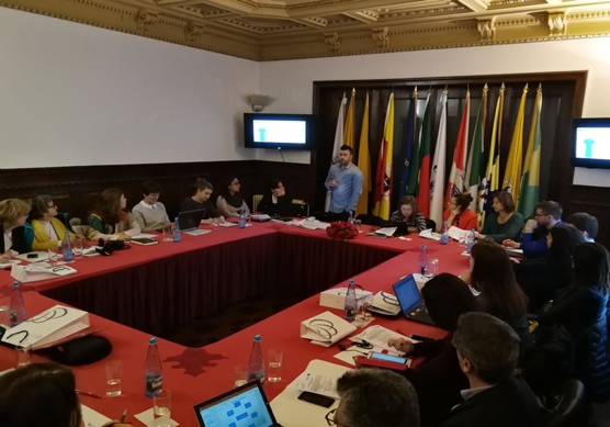Intercambio de experiencias de emprendimiento con socios europeos