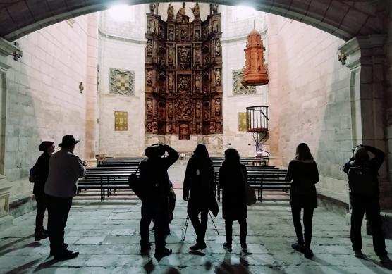 Diferentes destinos de la provincia de Burgos se dan a conocer a periodistas catalanes mediante un Viaje de prensa