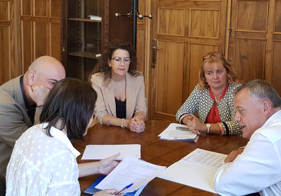 """SODEBUR apuesta por el asesoramiento """"a la carta"""" para el comercio rural"""