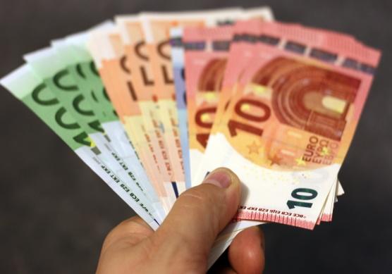 SODEBUR amplia con 535.000€ las partidas de subvenciones para el mantenimiento del empleo, las empresas y su adaptación a el CV19